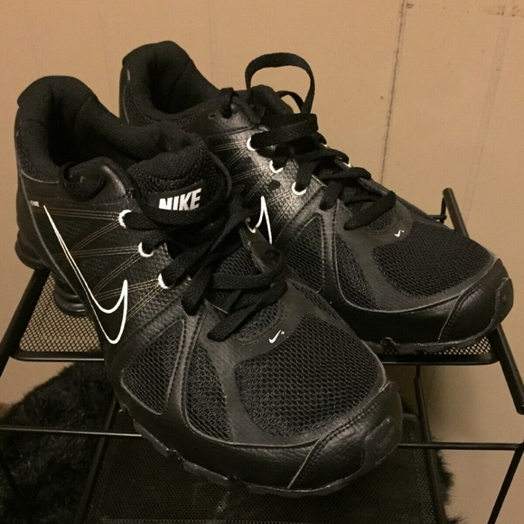 finest selection f5a18 24c85 Nike SHOX NZ AGENT 438684-001 Black White Flywire.  M 5cae9bd17f617fc70b4eac6d